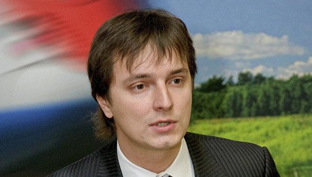 Алексей Рогозин меняет форму работы