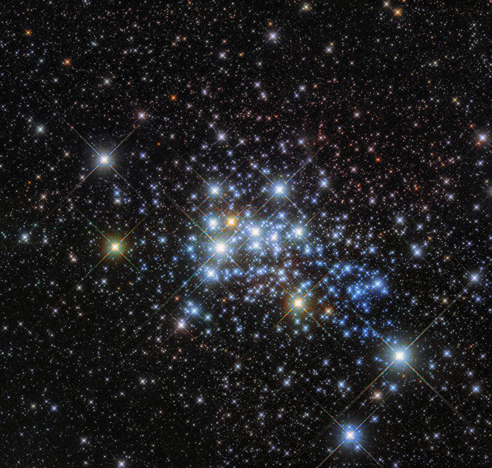 Звезда Westerlund 1-26, самая большая звезда Млечного Пути