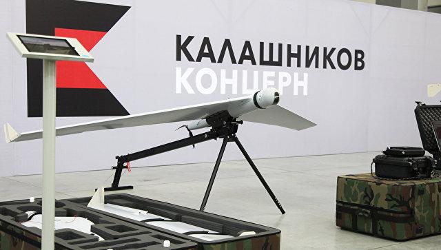 """Медведев одобрил продажу """"Ростехом"""" 26% акций концерна """"Калашников"""""""
