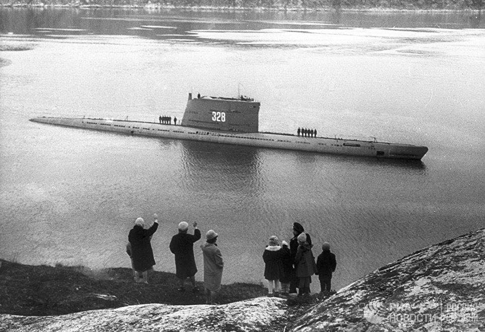 Подводная лодка Краснознаменного Северного флота вернулась из длительного похода