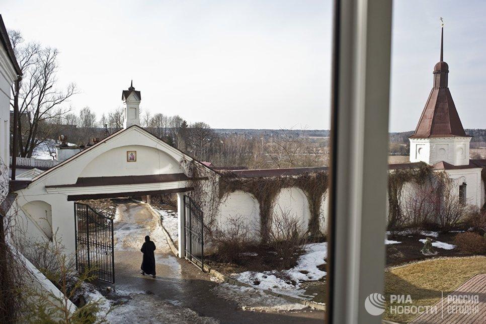 Свято-Никольский Черноостровский женский монастырь