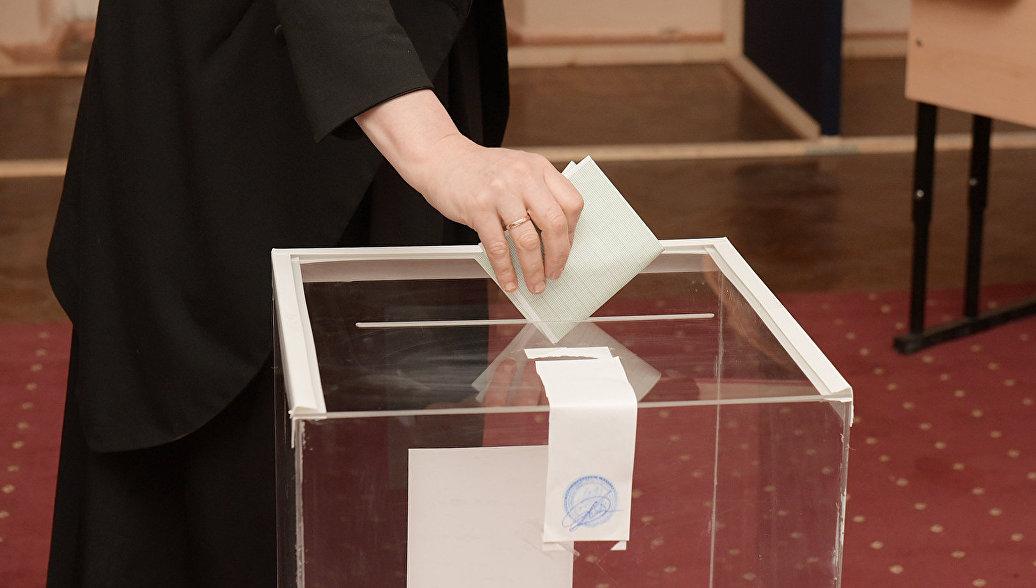 В Абхазии началось голосование во втором туре ...: https://ria.ru/world/20170326/1490816459.html