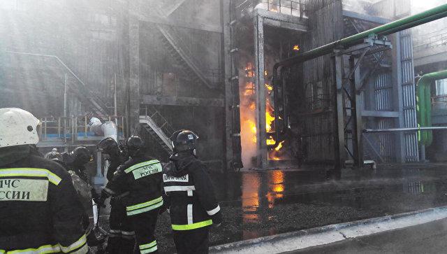 Врегионе для устранения пожара нахимическом заводе привлечен спецпоезд
