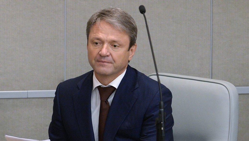 Ткачев: аграриям нужно снижать зависимость от импорта семян
