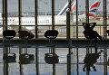 Терминал парижского аэропорта Орли во время забастовки авиадиспетчеров
