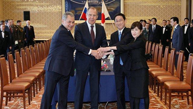 Дипломаты РФ  иЯпонии начали договариваться осовместной хоздеятельности наКурилах