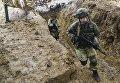 Военнослужащие на учениях ВДВ на полигоне Опук в Крыму