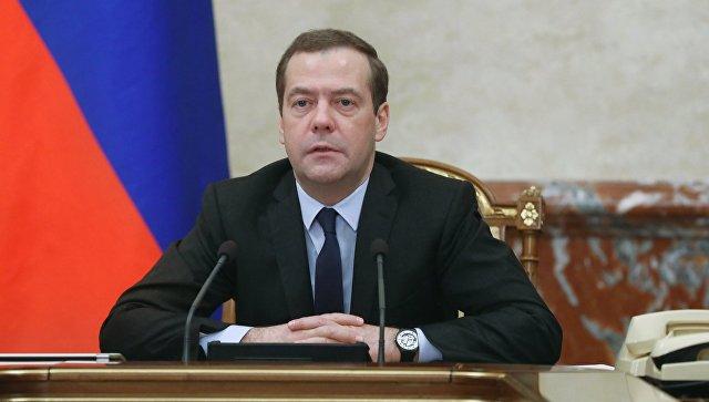 Медведев опроверг слова В.Путина о собственной болезни