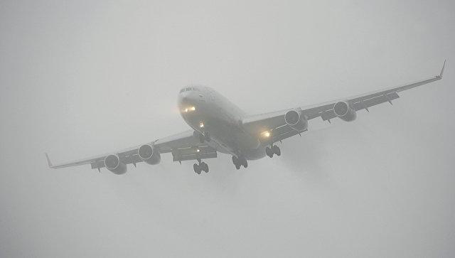 Пассажиры рейса Петербург - Брянск провели сутки в Воронеже из-за тумана