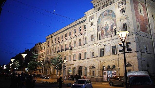 Рособрнадзор запретил приём выпускников  вПетербургский вуз  кино иТВ
