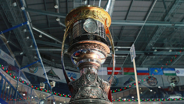 «Металлург» обыграл «АкБарс» 4:1 ивышел вфинал Кубка Гагарина