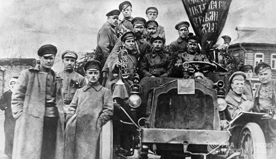 Солдаты - участники революционных событий в Москве