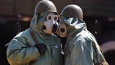 Военнослужащие в средствах химической защиты. Архивное фото