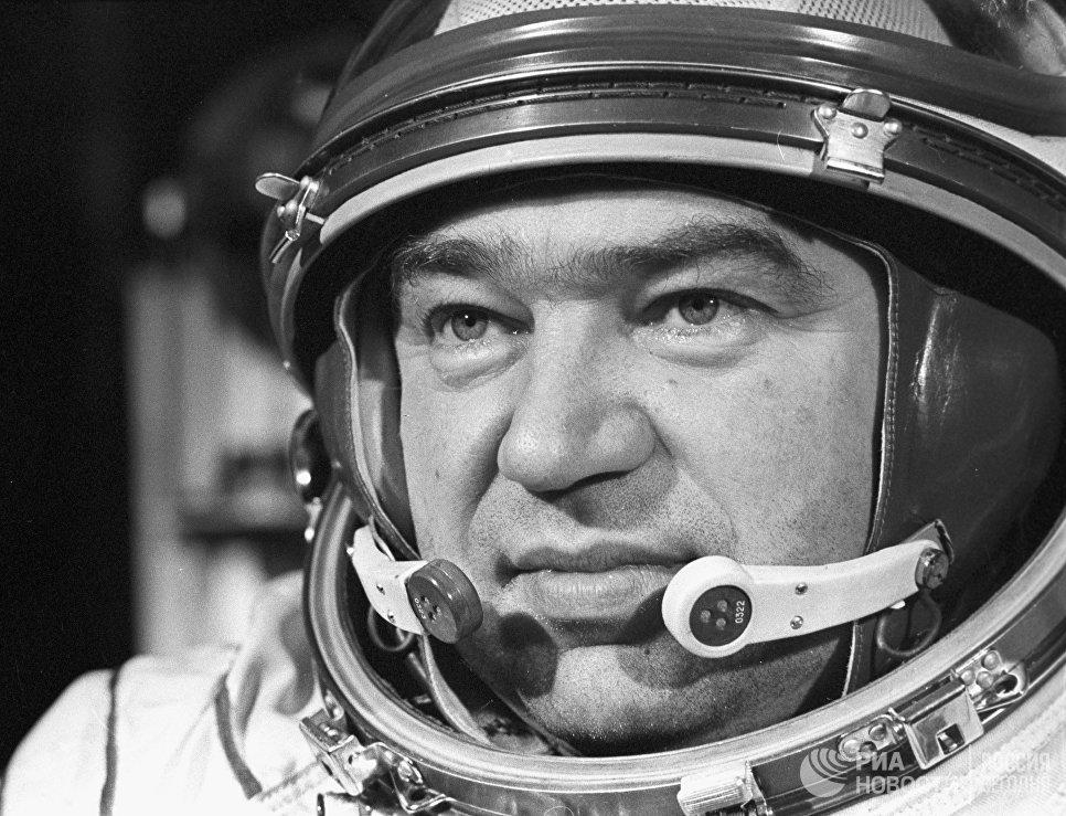 Бортинженер космического корабля Союз-17 Георгий Михайлович Гречко