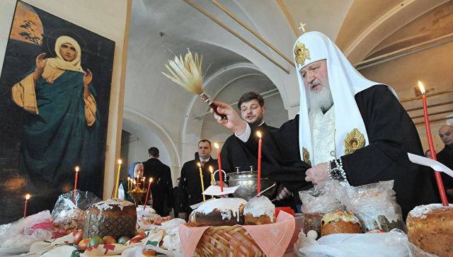 Три тысячи пасхальных куличей доставили наавиабазу Хмеймим