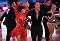 Массимо Арколин и Лаура Змажковикова (Италия) выступают на чемпионате Европы по латиноамериканским танцам в Москве