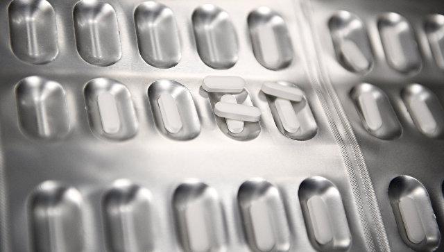 Производство лекарственных препаратов. Архивное фото