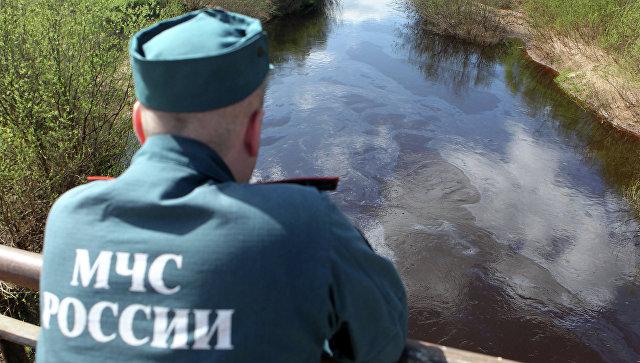 Нефтяное пятно движется всторону Комсомольска-на-Амуре