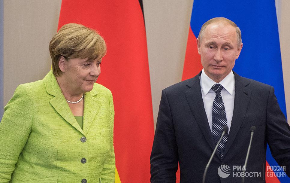 Меркель потребовала от Владимира Путина  пойти науступки Украине