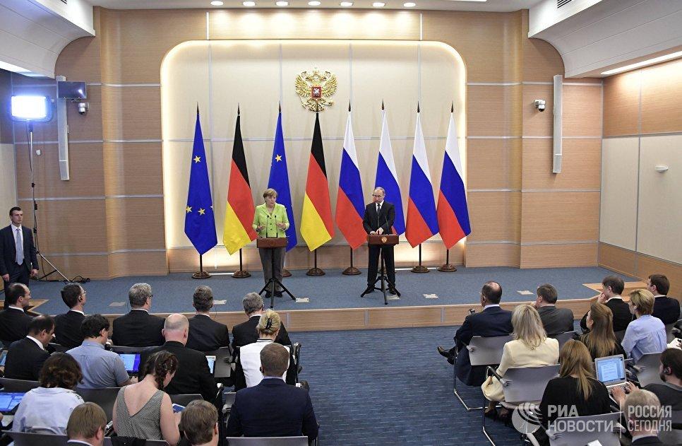 Путин намекнул, что Украина сама отказывается от Донбасса