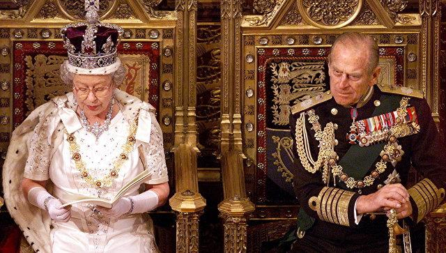 Канадский генерал-губернатор недал королеве упасть