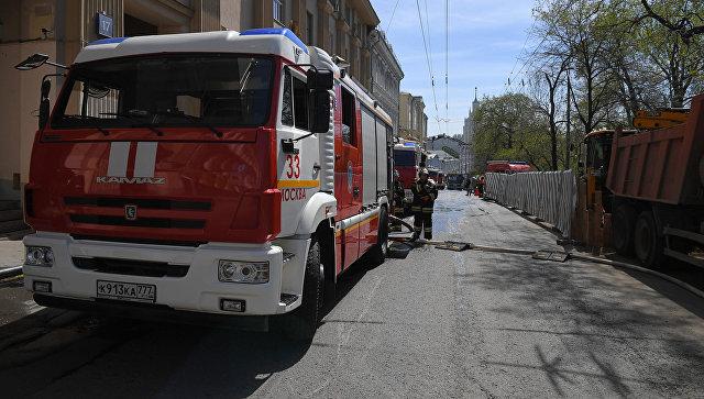 Пожарные расчеты МЧС. Архивное фото