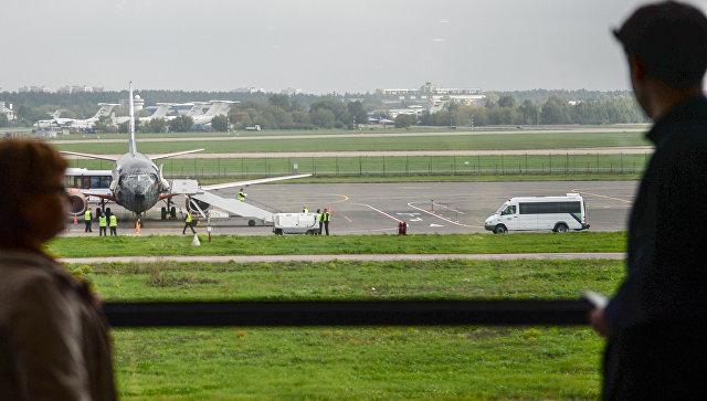 Прибытие самолета авиакомпании Белавиа в аэропорт Жуковский. Архивное фото