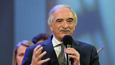 Чрезвычайный и Полномочный посол Азербайджанской Республики в РФ, композитор Полад Бюльбюль-оглы. Архивное фото