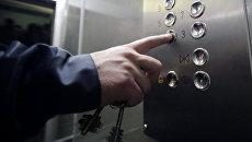 Панель лифта в подъезде жилого дома. Архивное фото
