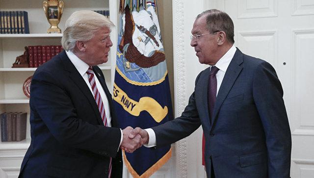 Ушаков: Лавров непередавал Трампу письмо от Владимира Путина