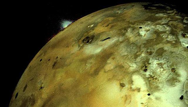 Ученые представили карту крупнейшего вулканического озера Солнечной системы