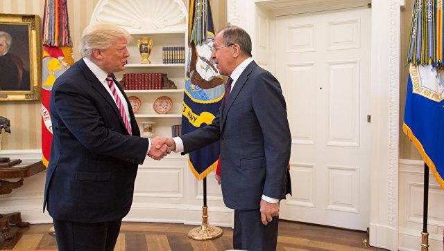 Встреча министра иностранных дел России Сергея Лаврова и президента США Дональда Трампа. Архивное фото