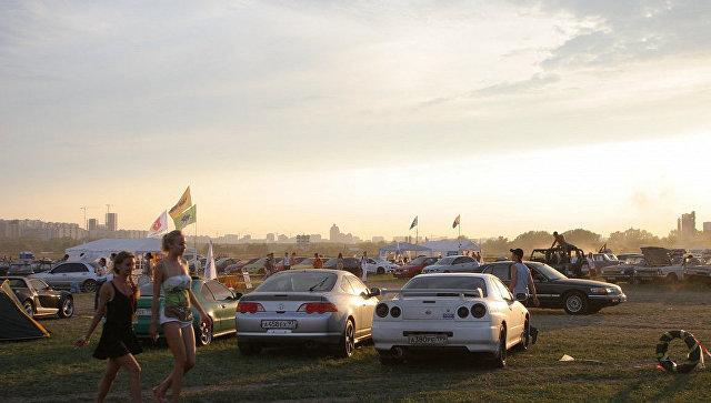 Автомобильный фестиваль на территории Тушинского аэродрома. Архивное фото