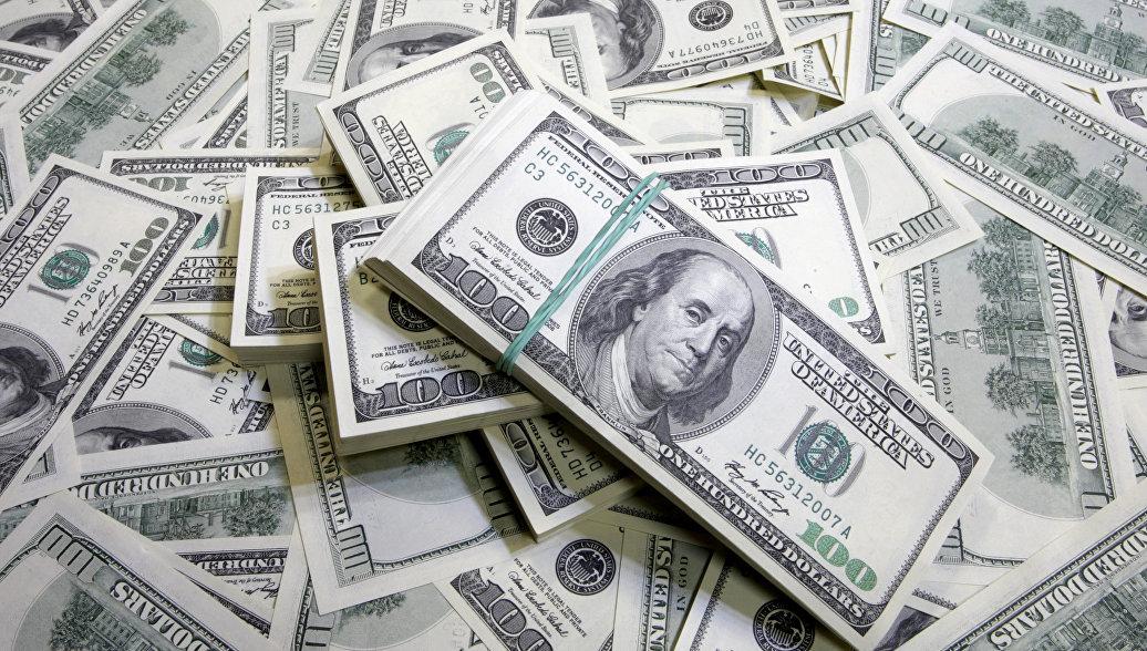 Последняя надежда: россиян умоляют спасти доллар