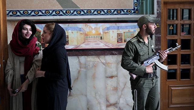 Время голосования навыборах президента Ирана продлили в 3-й раз