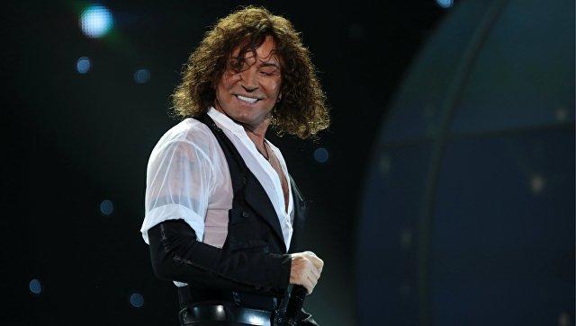 Директор Валерия Леонтьева опроверг сообщения об уходе певца со сцены