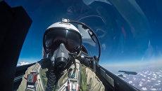 Пилот истребителя Су-30 ВКС РФ. Архивное фото