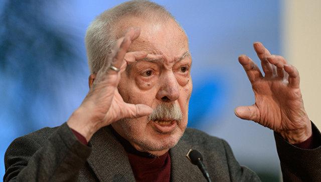 Поэт Кацов назвал Андрея Битова талантливым и умным писателем