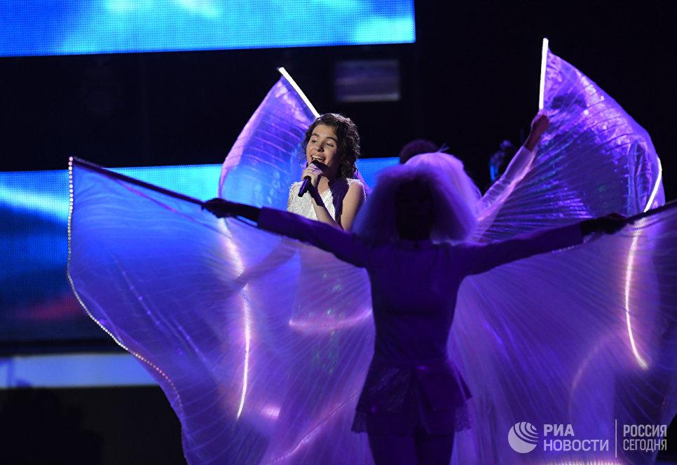 Участница детского вокального конкурса Ты супер! Софья Волошаненко