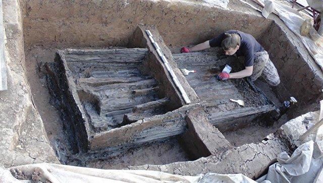Захоронение древних новгородцев ориентировочно конца X – первой половины XI века в Великом Новгороде