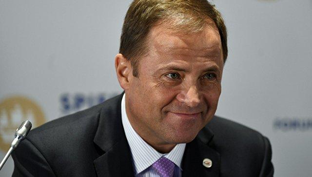 Генеральный директор Государственной корпорации Роскосмос Игорь Комаров во время панельной сессии в рамках Санкт-Петербургского международного экономического форума 2017
