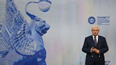 Губернатор Санкт-Петербурга Георгий Полтавченко выступает на торжественном открытии Санкт-Петербургского международного экономического форума 2017