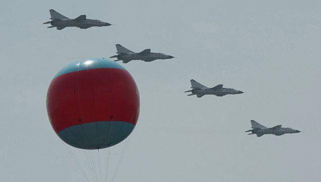 ВКНДР прошли учения ВВС поотработке ударов по североамериканским авианосцам