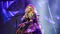 Российская певица Юлия Самойлова выступает на финале конкурса красоты Мисс СНГ-2017