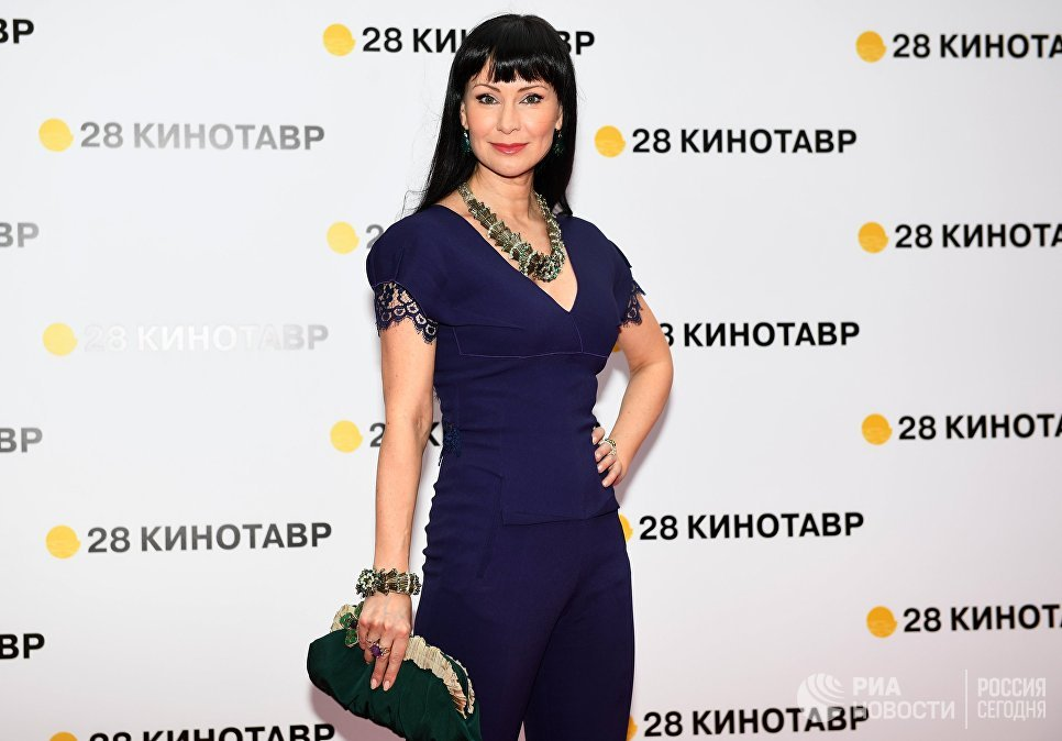 Актриса Нонна Гришаева на торжественной церемонии открытия 28-го Открытого российского кинофестиваля Кинотавр в Сочи