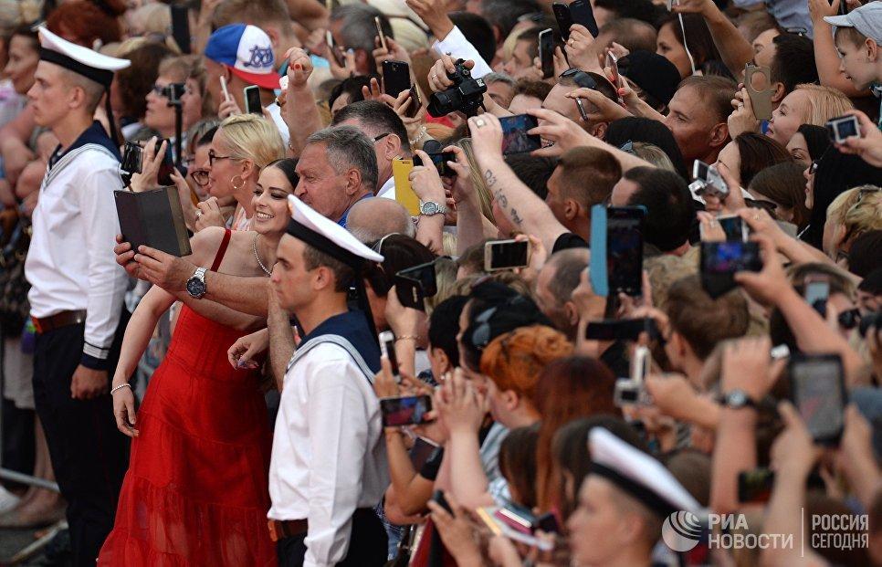 Актриса Марина Александрова на торжественной церемонии открытия 28-го Открытого российского кинофестиваля Кинотавр в Сочи