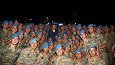 Президент Турции Тайип Эрдоган с турецкими военнослужащими. 8 июня 2017