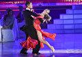 Николай Черемухин и Виктория (США) выступают на шоу Звездный Дуэт - Легенды Танца! в Кремлевском Дворце в Москве