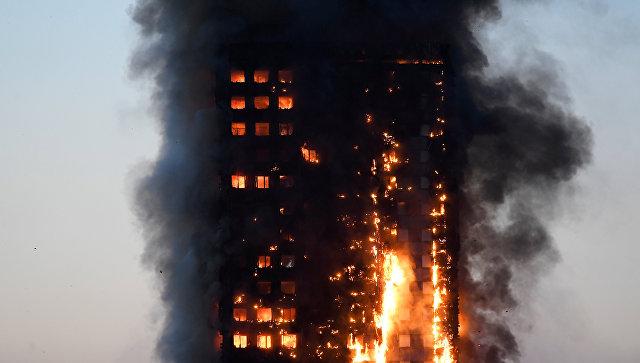 При пожаре в жилом доме в Лондоне пострадали не менее 30 человек
