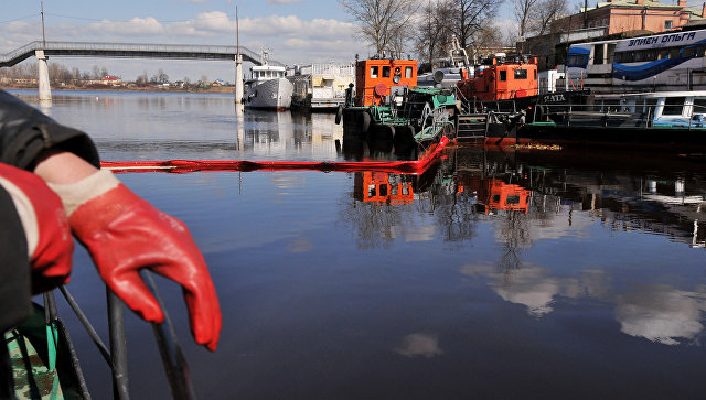 Русские ученые изобрели необычайный сорбент для устранения разливов нефти